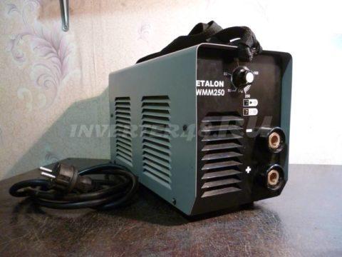 Сварочный инвертор ETALON WMM 250