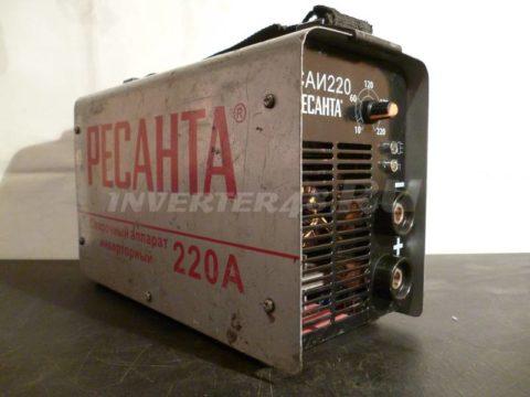 Сварочный инвертор РЕСАНТА САИ 220 GP52 V1.0