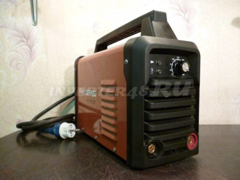 Сварочный инвертор SDMASTER HI 250 3C