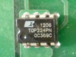 ШИМ контроллер TOP224PN